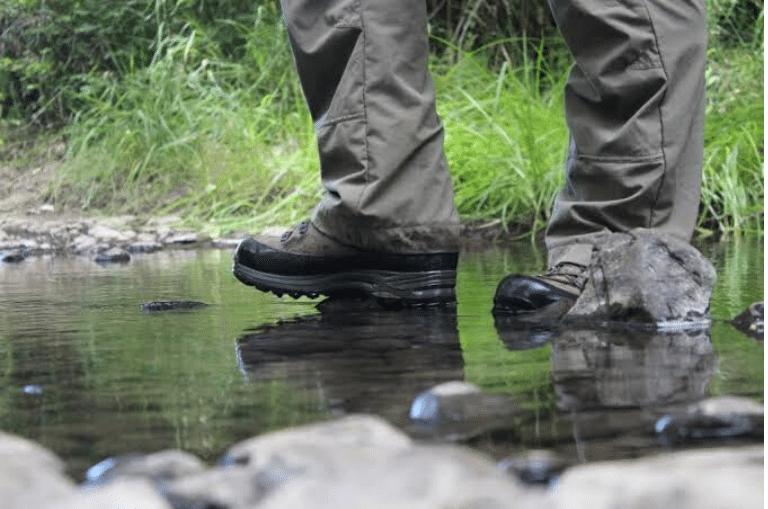 Lowa Men's Tibet GTX Hunting Boot Review 2020